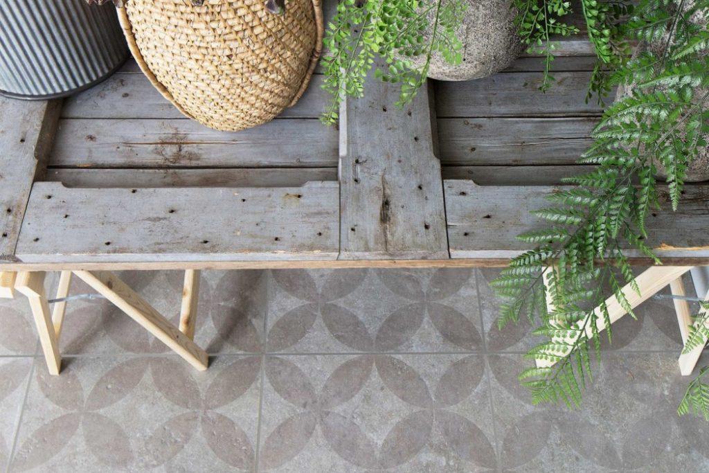 Grijze Tegels Buiten : Buitentegels keramisch met patroon grijs u2013 voor binnen en buiten